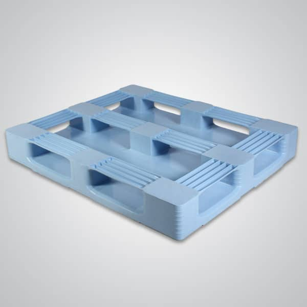 bottom of sanipal 48x40 plastic pallet
